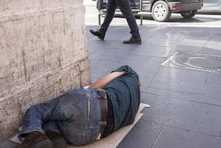 Ennesimo senzatetto morto a Roma: è il secondo in due giorni, l'ottavo in un mese