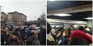 Metro A chiusa da ore: il trasporto pubblico è la prima emergenza di Roma