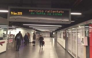 Roma, rallentamenti su linea Metro C: treni ogni 15 minuti