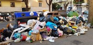 Rifiuti, lunedì 7 gennaio scuole aperte a Roma: Ama ripulisce dopo l'appello dei presidi