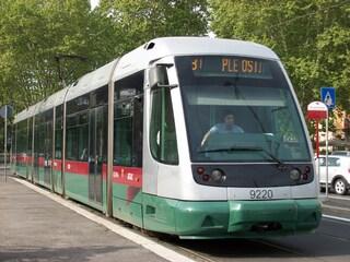 Roma, tram sospesi e deviazioni di percorso nel mese di luglio: tutti i cambiamenti per i lavori