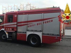 Vigili del fuoco in azione alla Stazione Tiburtina – foto vigili del fuoco