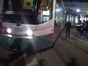 Tram 5 deragliato al capolinea davanti alla Stazione Termini di Roma