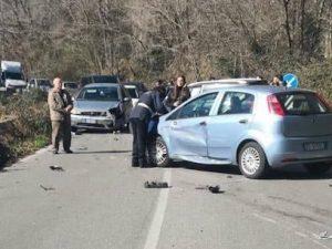 Incidente sulla via dei Laghi a Velletri – foto IlMamilio