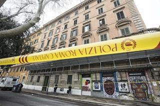 Roma, iniziato lo sgombero di via Carlo Felice: dopo 15 anni di occupazione, trasferite 32 famiglie