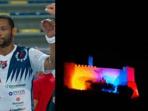 La Rocca Janula di Cassino illuminata per esprimere solidarietà a Mike Hall