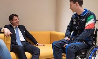 """Il presidente del Consiglio Giuseppe Conte visita Manuel Bortuzzo: """"Sei un campione nella vita"""""""