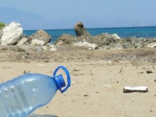 Stabilimenti plastic free Roma e Lazio: la Regione stanzia fondi per spiagge senza plastica