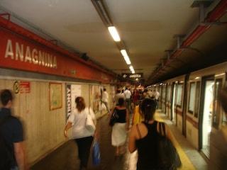 Chiusa la Metro A di Roma per lavori: interrotta la circolazione tra Termini e Anagnina