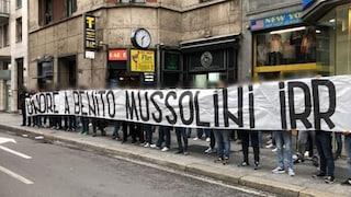 Chi sono gli Irriducibili, il gruppo ultras della Lazio che ha omaggiato Mussolini a Milano