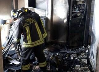 Roma, incendio a Marconi appiccato da donna per vendetta sentimentale: fermata per tentato omicidio