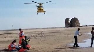 Kitesurfer risucchiato da elicottero militare a Ladispoli, a processo due piloti e un ammiraglio