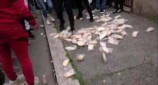 Proteste contro i rom a Torre Maura, denunciate 41 persone: tra le accuse l'apologia di fascismo