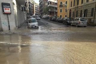 Perdita d'acqua alla Balduina, la strada completamente allagata (VIDEO)