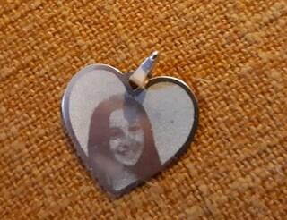Morta nel terremoto di Amatrice: ritrovata la medaglietta di Giulia dopo l'appello del papà