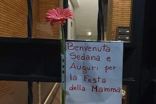 """Casal Bruciato, residente fa auguri a mamma rom per la sua festa: """"Benvenuta Senada"""""""