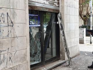 Esplosa nella notte una bomba artigianale contro la sede del gruppo ultras degli Irriducibili