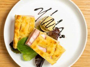 Il primo ristorante che propone solo piatti a base di gelato