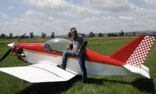 Antonio si schianta con il suo aeroplano vicino Roma: morto sul colpo