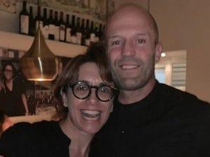Jason Statham con la titolare del ristorante Aurora di Capri