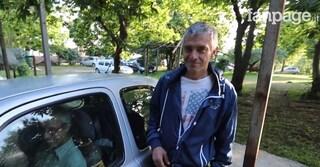 """Costretti a dormire in macchina, ristoratore gli offre un tetto: """"Avevamo perso la speranza"""""""