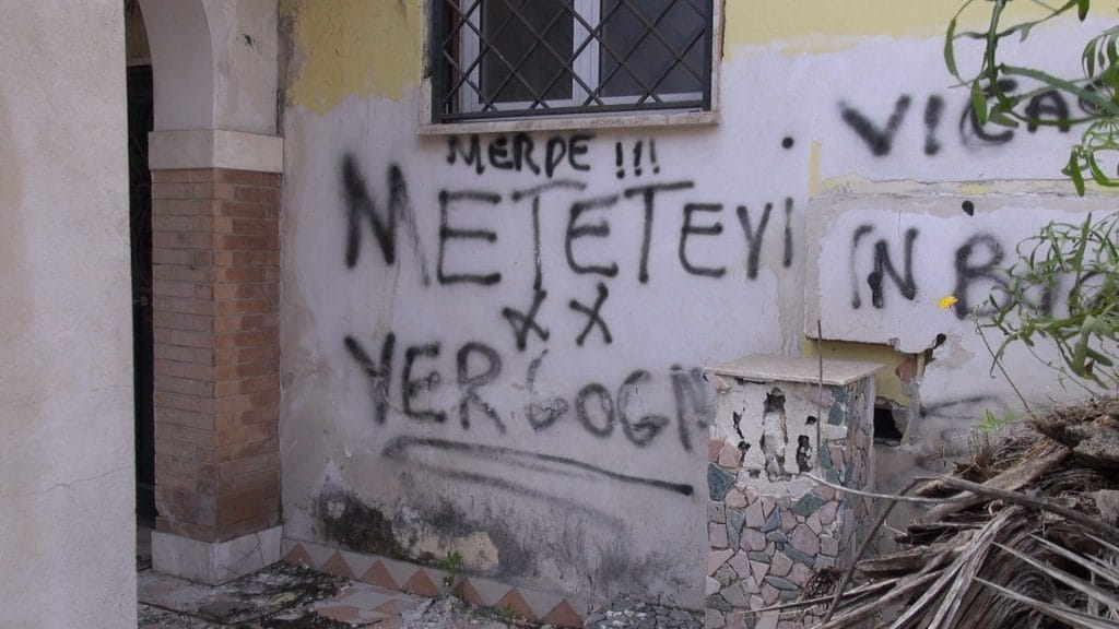 Ville dei Casamonica vandalizzate