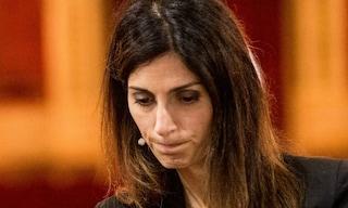 """Virginia Raggi accusa Zingaretti e grida al complotto: """"Emergenza rifiuti costruita a tavolino"""""""