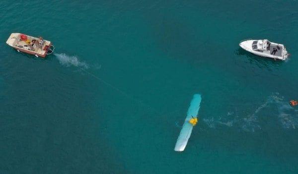 Le operazioni di recupero dell'aero idrovolante – Foto di Massimiliano Bellacima