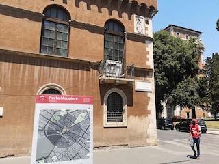Porta Maggiore 'si sposta' a Piazza Venezia: posizionato nel posto sbagliato il totem per i turisti