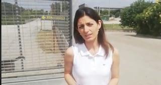 """Emergenza rifiuti, Virginia Raggi: """"Al lavoro per trovare anche siti all'estero"""""""