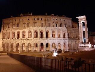 Nuova illuminazione per il Teatro Marcello: riaperto anche il collegamento con il Portico D'Ottavia
