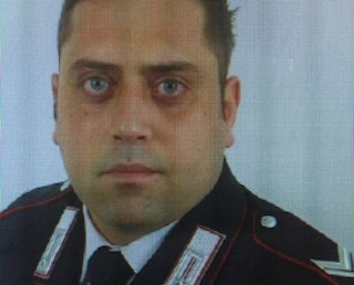 """Carabiniere ucciso, la telefonata di Varriale in centrale: """"Mario resisti, aiuto c'è troppo sangue"""""""