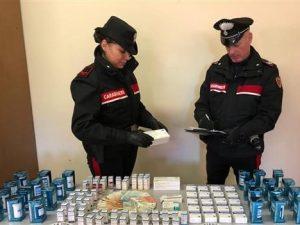 Sequestro di fiale e pasticche da parte dei carabinieri