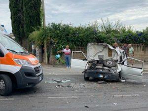Le immagini dell'incidente stradale a Nettuno