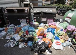 Emergenza rifiuti, Regione Lazio e Ama chiedono aiuto a Napoli per l'indifferenziata