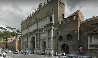 """Roma, allarme bomba a piazzale Flaminio. Due telefonate in banca: """"Scappate!"""""""
