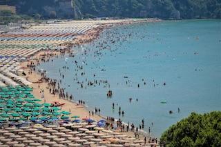 Ferragosto, spiagge chiuse a Gaeta: vietato fare il bagno e accendere fuochi e falò