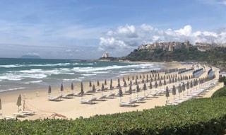 Sperlonga, abusivismo su una delle spiagge più belle d'Italia: sequestrato il lido Valle Corsari