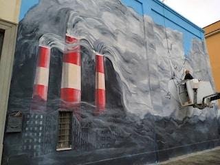 Francesco celebra messa ad Albano Laziale, il murales di Maupal: Francesco 'pulisce' lo smog