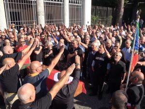 Neofascisti ai funerali di Stefano Delle Chiaie