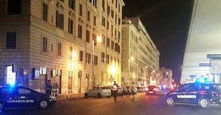Termini, blitz antidroga sui ballatoi di via Giolitti: arrestati 6 pusher, segnalati i clienti