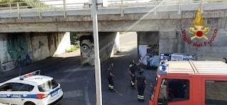 Via Aurelia: chiuso sottopassaggio ferroviario per la caduta di calcinacci