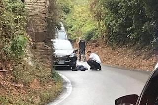 Pomezia, vigilessa investita mentre effettua rilievi dopo incidente stradale