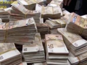 Una parte del denaro sequestrato