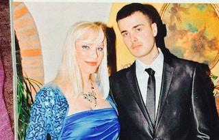 """Il figlio di Ilona Staller denunciato per droga: """"Estraneo alle accuse, aiutava un senza tetto"""""""