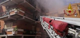 Incendio in un appartamento a Roma: i vigili del fuoco salvano sette persone