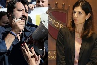 """Matteo Salvini visita deposito Atac, Raggi: """"Miracolo, prende il bus e non l'auto blu"""""""