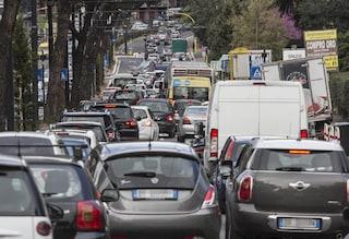 Traffico a Roma, dal Grande Raccordo Anulare a via Tiburtina code e rallentamenti in tutta la città