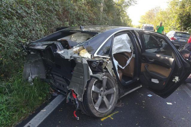 L'incidente di via della Muratella (foto Facebook Angelo Vastola)