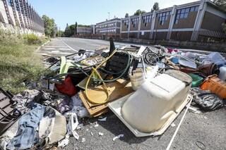 """Emergenza rifiuti, Virginia Raggi: """"1000 tonnellate di rifiuti al giorno a Civitavecchia"""""""